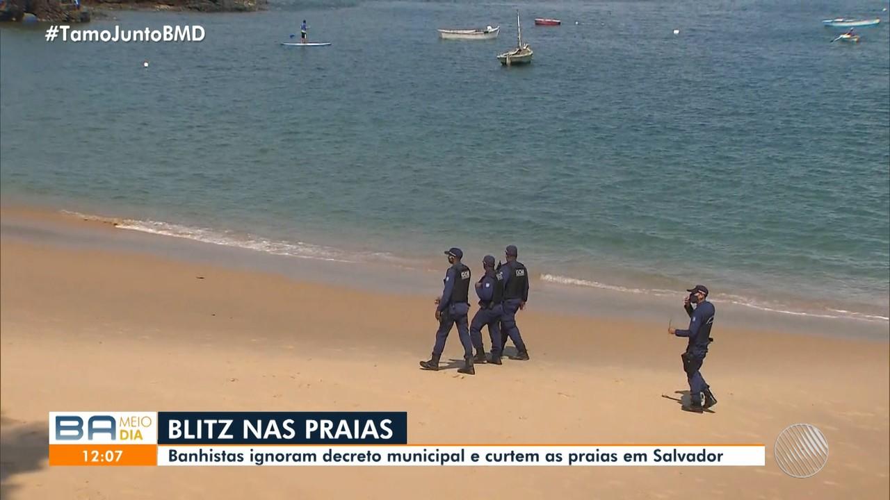 Baianos ignoram decreto da prefeitura e frequentam praias da capital neste sábado