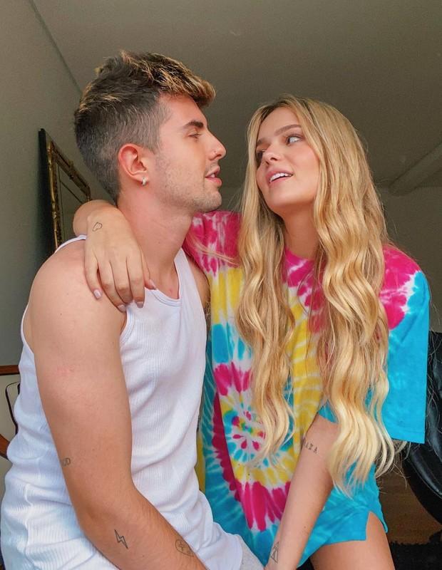 Viih Tube e o namorado, Bruno Magri (Foto: Reprodução/Instagram)