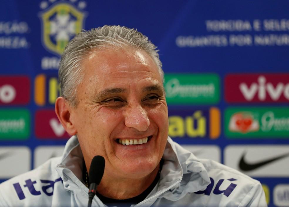 Tite em coletiva da seleção brasileira — Foto: Reuters