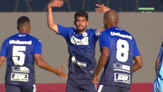 Vai pedir música? Zé Roberto marca quatro gols e tira São Bento do Z-4 da Série B