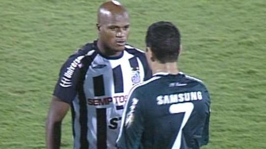 Com carinho da torcida, Domingos enfrenta o Santos pela primeira vez na Vila