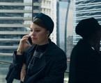 Alice Wegmann é Alice em 'Órfãos da terra' | Reprodução