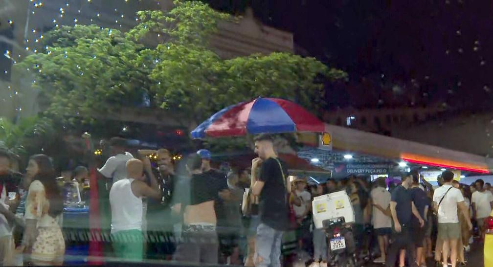 Bares da Lapa lotados — Foto: Reprodução/TV Globo