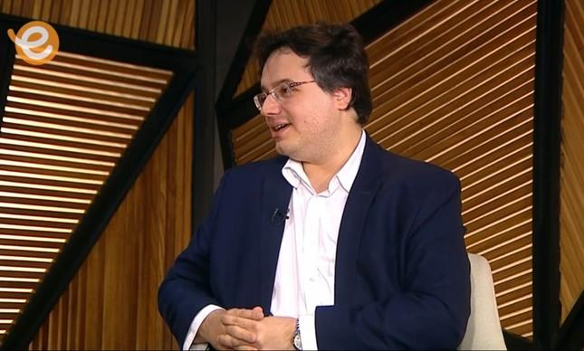 O presidente da Biblioteca Nacional, Rafael Nogueira, na TV Escola