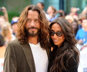 Família de Chris Cornell entra em acordo judicial com médico sobre a morte de roqueiro