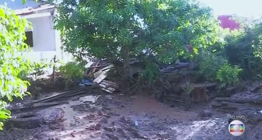 Sítio destruído na região do Parque das Cachoeiras, em Brumadinho. — Foto: Reprodução