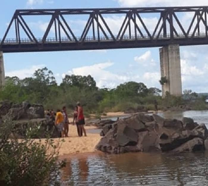 Ciclista morre após cair de ponte na divisa do Tocantins com o Maranhão em Aguiarnópolis - Notícias - Plantão Diário