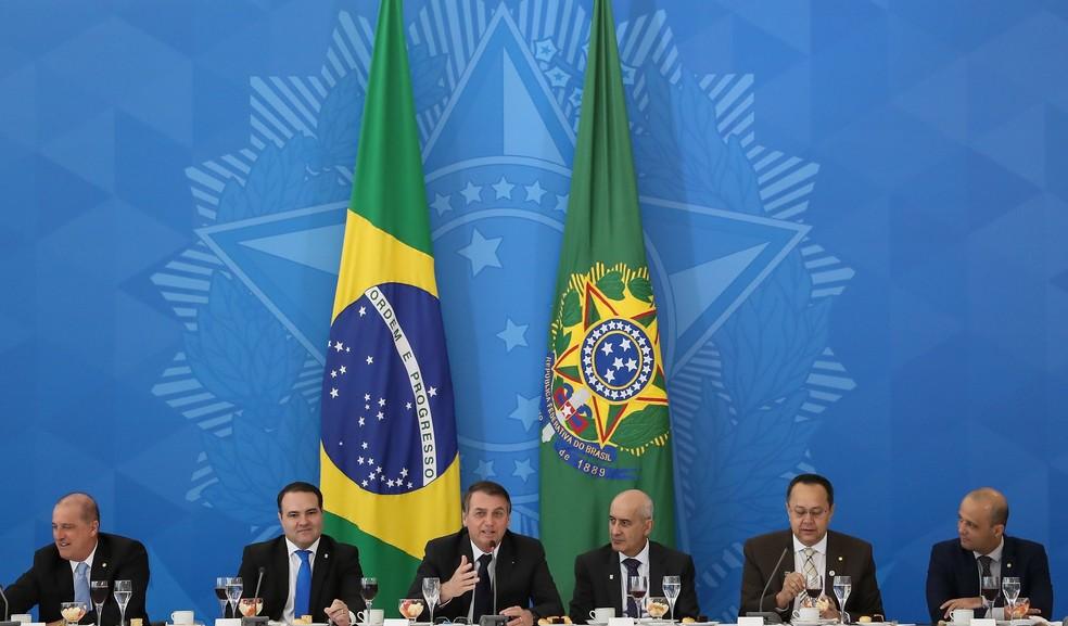 O presidente Jair Bolsonaro durante café da manhã nesta quinta-feira (11) com a bancada da Frente Parlamentar Evangélica do Congresso — Foto: Marcos Corrêa/Presidência da República