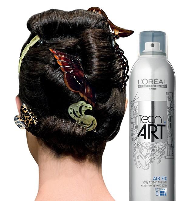 Faustine Steinmetz / Spray Air Fix, R$ 107, L´Oréal Professionnel (Foto: .)