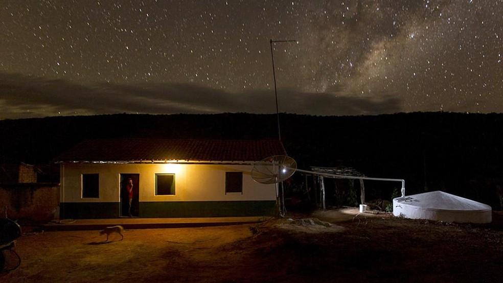 Programas de Cisternas, mantidos com ajuda do governo federal, ajuda famílias do Nordeste e do Norte de Minas Gerais (Foto: Léo Drumond/Ascom ASA)