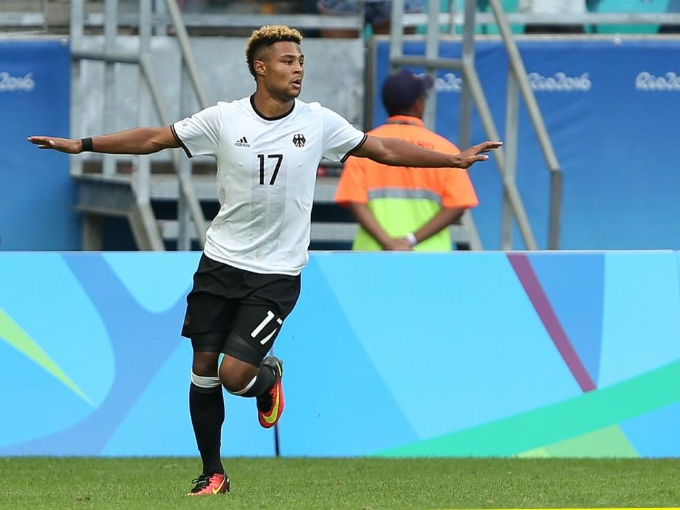 Serge Gnabry em ação pela Alemanha na Olimpíada de 2016: atacante do Bayern foi o artilheiro, com 6 gols — Foto: Reuters