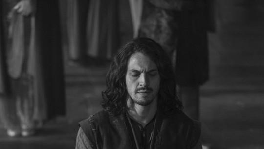 Romulo Estrela e Johnny Massaro comentam embate entre Afonso e Rodolfo em 'Deus Salve o Rei'