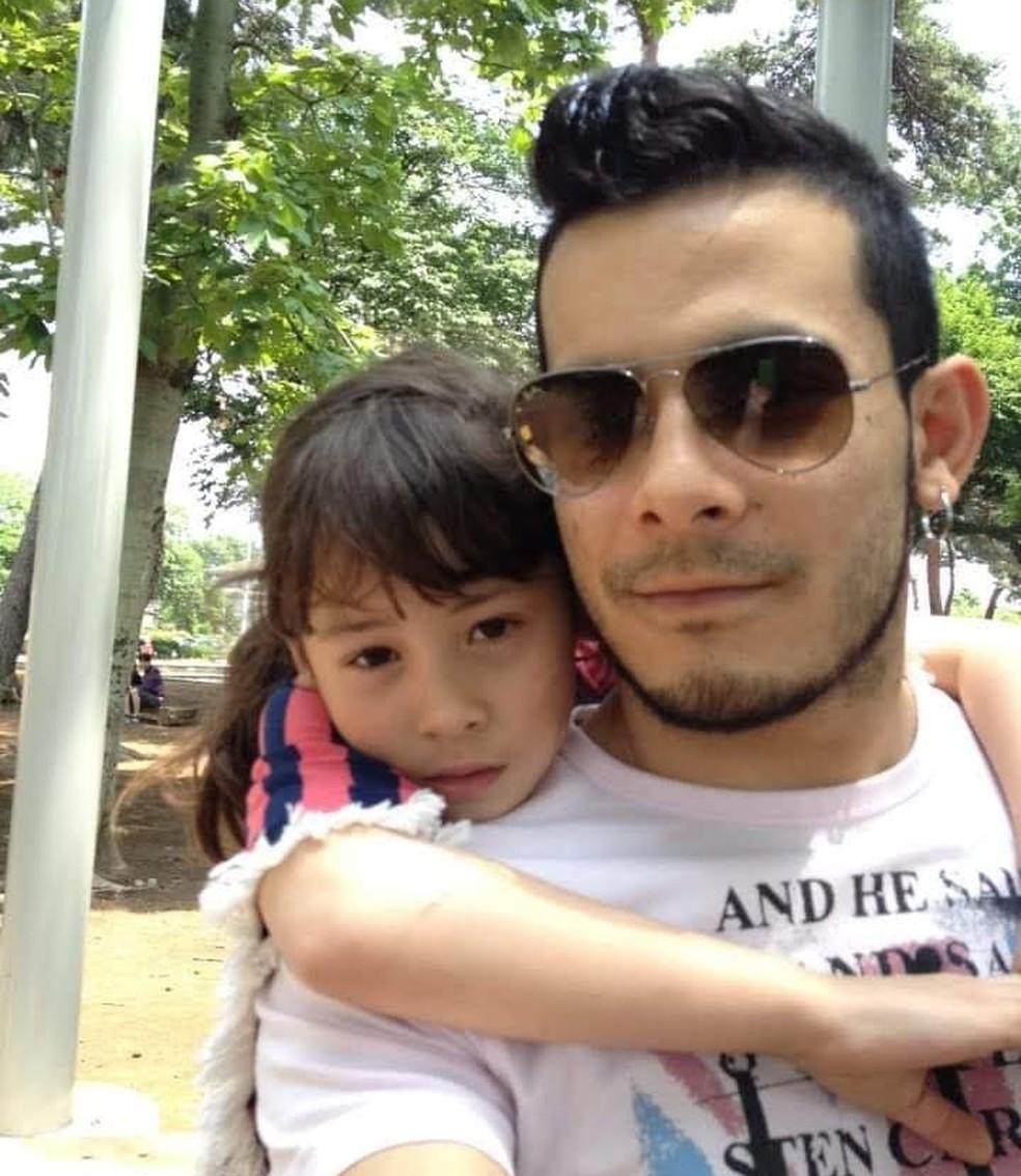 Brasileiro pretende juntar dinheiro no Brasil para poder resgatar a filha de orfanato no Japão — Foto: Arquivo Pessoal