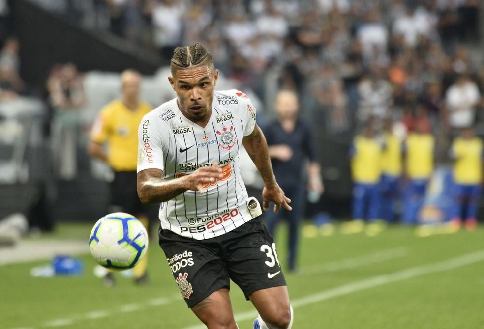 Corinthians cometeu apenas duas faltas em partida contra o CSA; Urso foi titular — Foto: Marcos Ribolli