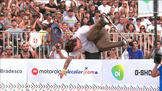 Pedro Barros voa na última volta e lidera semifinal do Skate Park em Itajaí