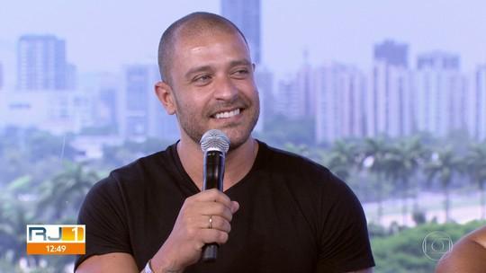 Diogo Nogueira canta no SambaRap Festival, na Fundição Progresso