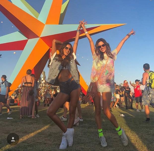 Izabel Goulart e Alessandra Ambrosio (Foto: Reprodução / Instagram)