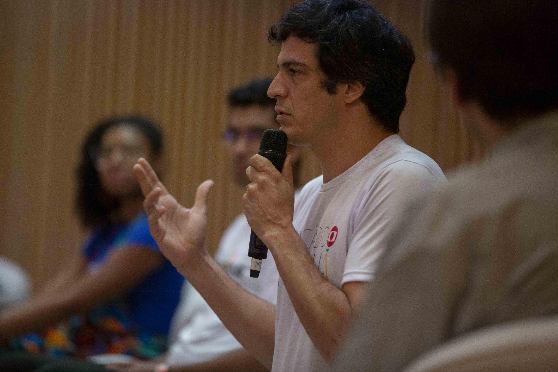Ao vivo e em cores, encontro debate sobre ética social, mudanças climáticas, violência, desenvolvimento - Notícias - Plantão Diário