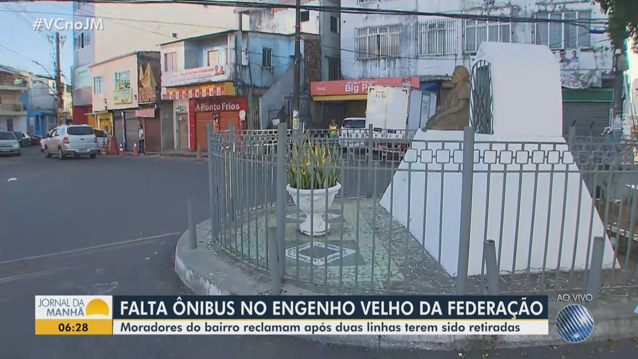 Moradores do Engenho Velho da Federação reclamam da retirada de linhas de ônibus