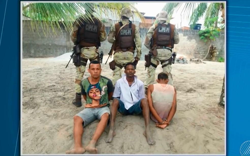 Daniel Neves e Carlos Alberto foram presos por morte de casal e sofreram abuso sexual dentro de cadeia (Foto: Reprodução/TV Bahia)