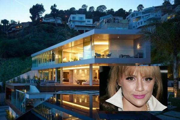 A casa em que Brittany Murphy foi encontrada morta (Foto: Divulgação Imobiliária/Getty Images)