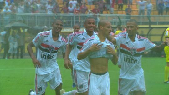 Negociação por renovação, gol em final e futuro pai: Antony volta em alta ao São Paulo após título