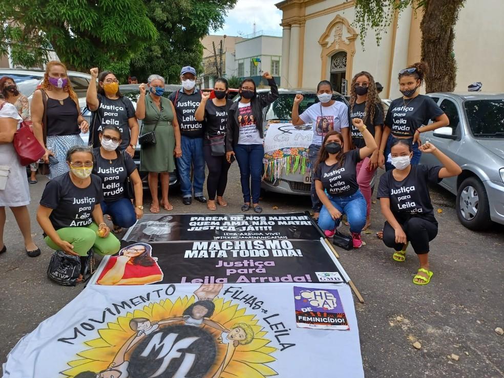 Mulheres pedem Justiça pelo caso 'Leila Arruda'. — Foto: Reprodução