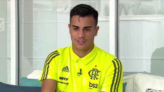 """Em ano mágico, Reinier tem chance de realizar o sonho do pai no Flamengo: """"Coração bate forte"""""""