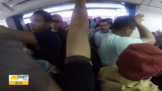 Estação Sufoco: superlotação, atrasos e equipamentos quebrados fazem parte da rotina do Metrô do Recife