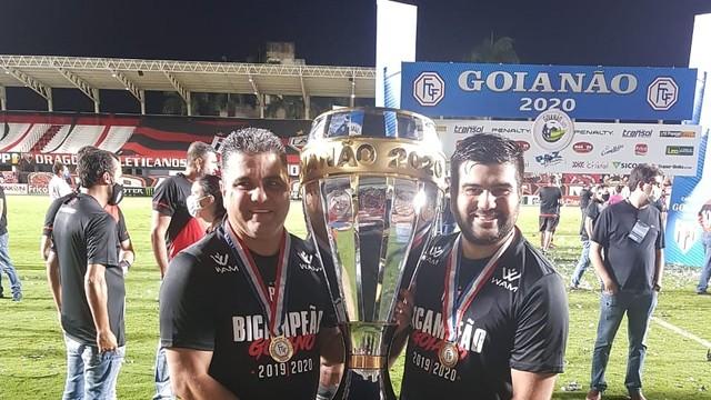 Marcelo Cabo e o filho e auxiliar, Gabriel Cabo