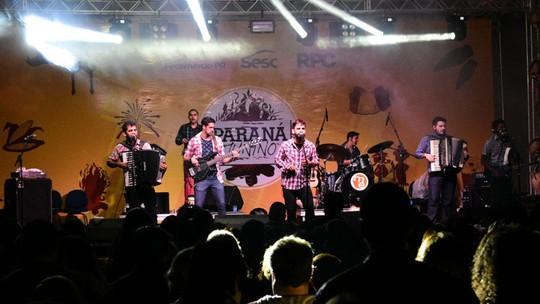 Os Gonzagas, do 'SuperStar', fazem show no Paraná Junino em Foz do Iguaçu: 'Festa linda!'