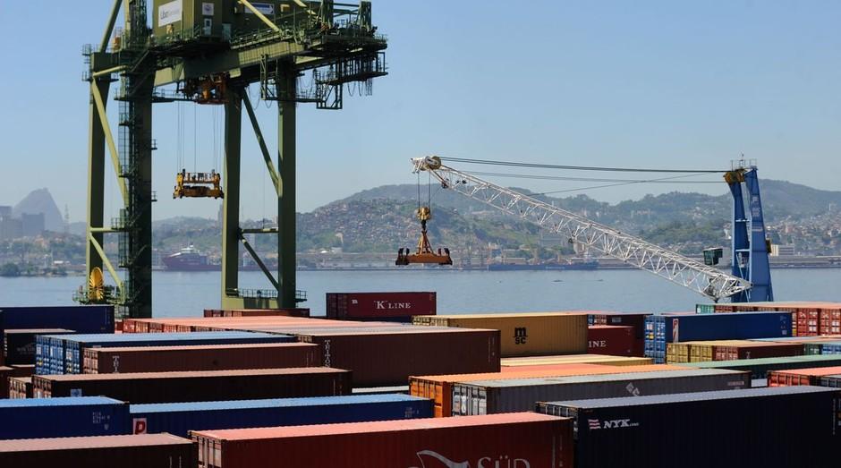 Em agosto, todos os setores tiveram queda no volume exportado (Foto: Tânia Rêgo/Agência Brasil)