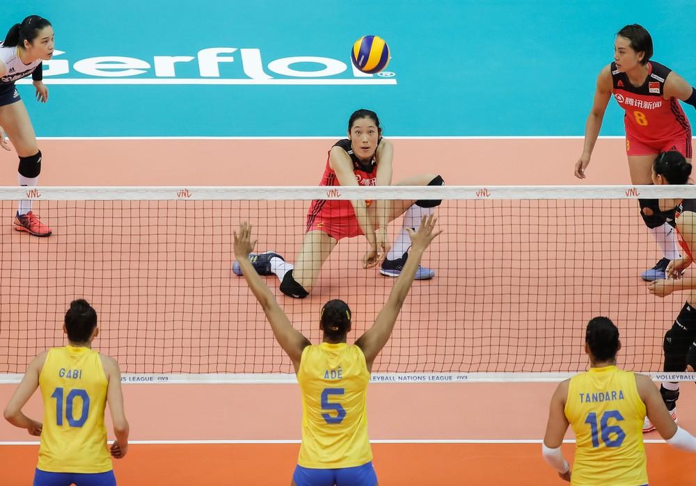 Brasil x China (Foto: Divulgação/FIVB)