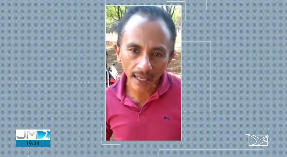 Vídeo do vigilante Manoel cantando 'Caneta Azul' viralizou nas redes sociais — Foto: Reprodução/TV Mirante