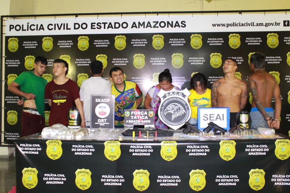 Grupo foi localizado em beco no bairro Educandos, Zona Sul de Manaus — Foto: Rickardo Marques/G1 AM
