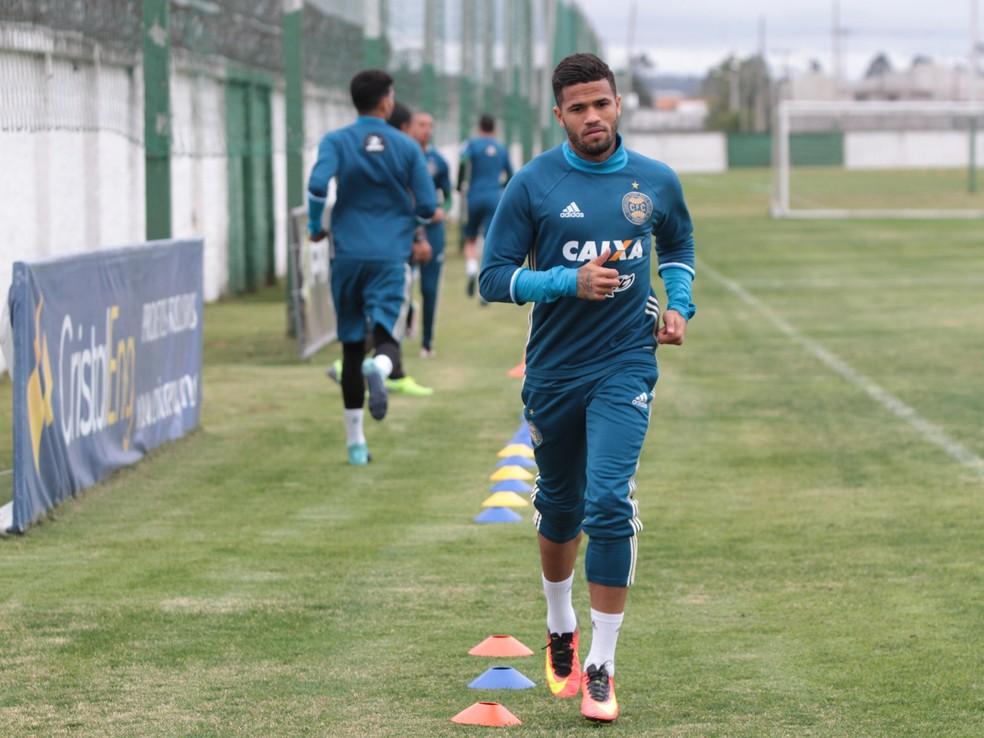Léo volta ao Flamengo em 2018 (Foto: Divulgação/Coritiba)