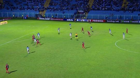 Vladimir evita goleada do Inter e mita na rodada #26; Colorado é maioria na seleção do Cartola