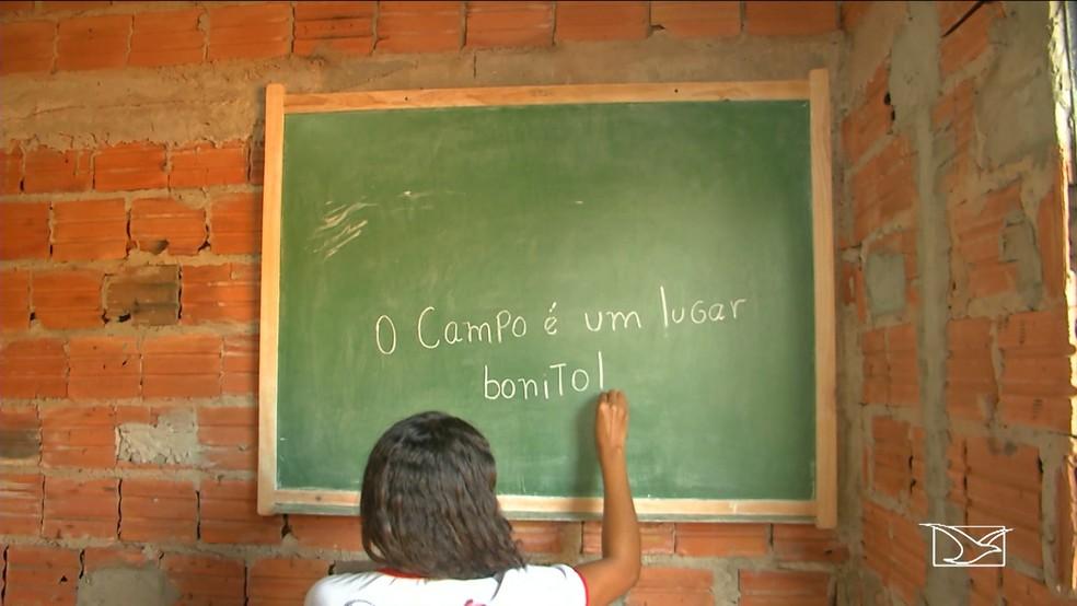 Aulas do projeto eram realizadas nas residências dos educadores. (Foto: Reprodução/TV Mirante)