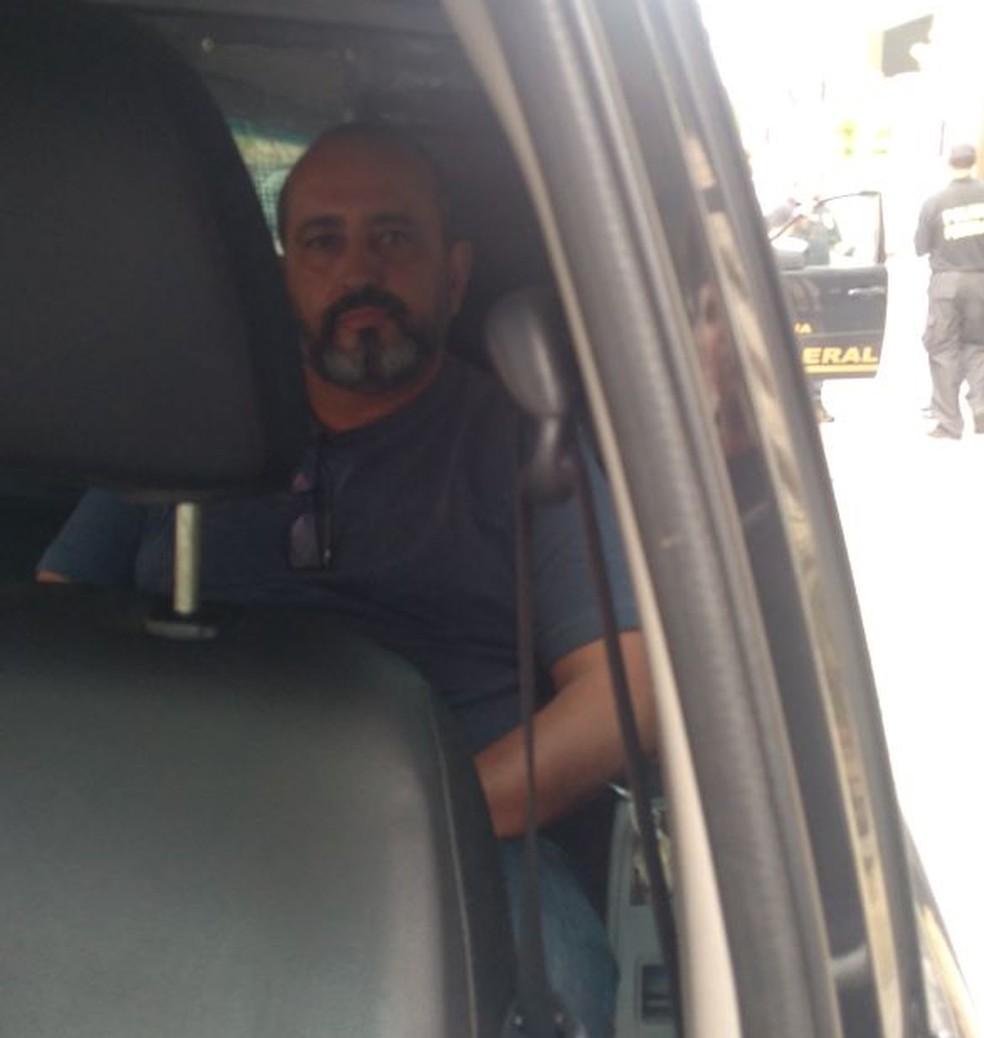 Claudio Moreira, presidente da Comsercaf, foi preso pela Polícia Federal em Cabo Frio (Foto: Renan Gouvêa/Inter TV)