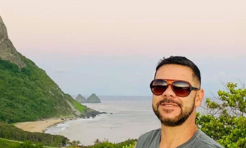 """José Edvaldo da Silva, de 52 anos, morreu praticando """"Plana Sub"""" em Fernando de Noronha (PE) — Foto: Reprodução/Facebook"""