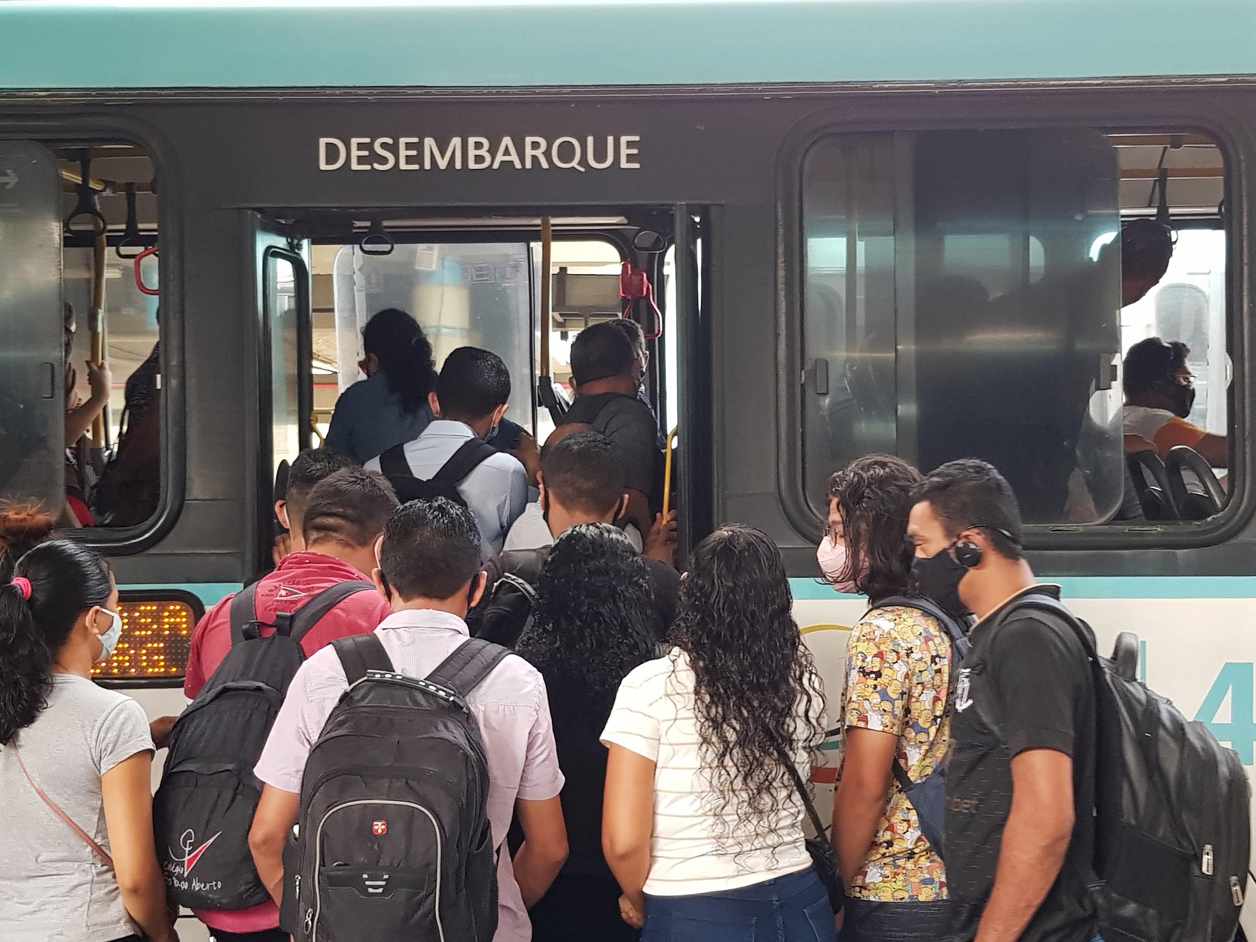 MPCE dá prazo de dez dias para receber plano de combate às aglomerações no transporte público de Fortaleza