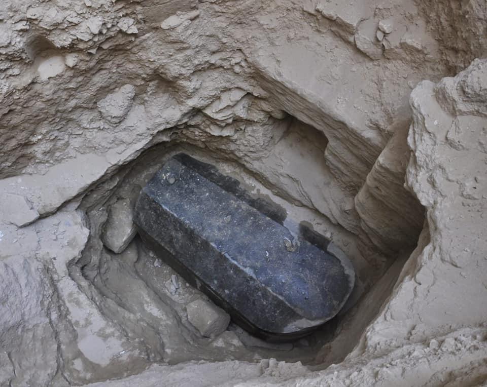 Sarcófago de 4.5 mil anos encontrado em Alexandria. (Foto: Ministry of Antiquities)