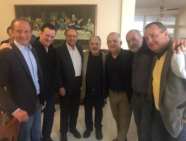 De saída do PSDB rumo ao PSD, Alckmin reúne-se com Kassab, França e Skaf |  Política | Valor Econômico