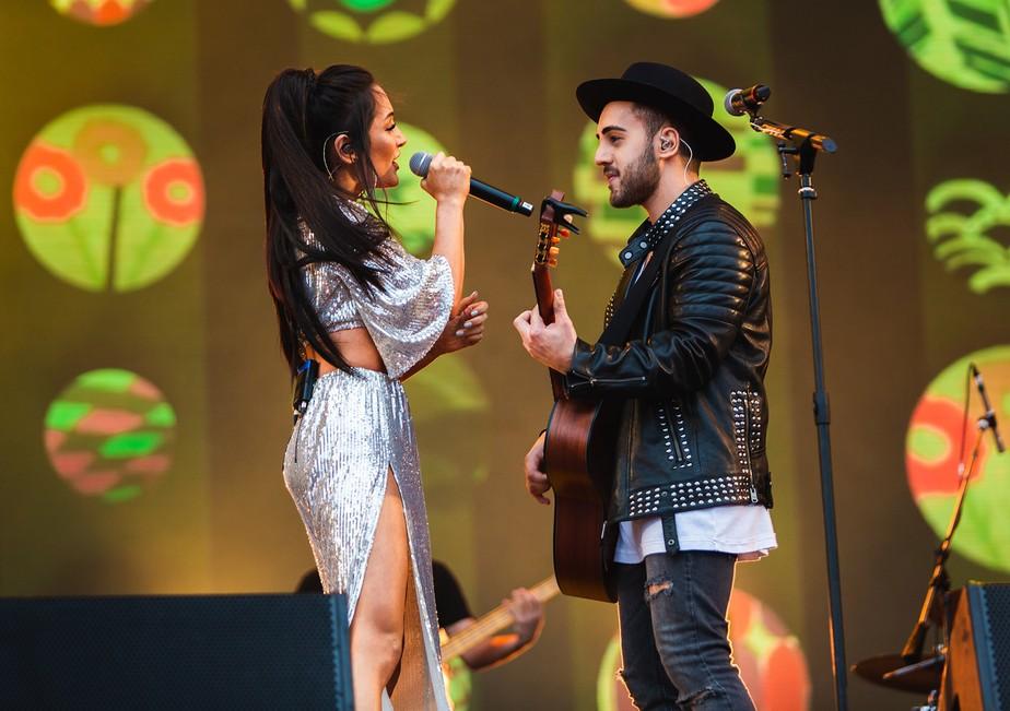 Melim seduz público adolescente com canções adocicadas e reggaes alheios em show no Rock in Rio