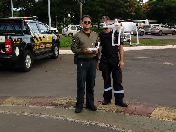 Detran passa a usar drones no DF para flagrar uso do celular ao volante