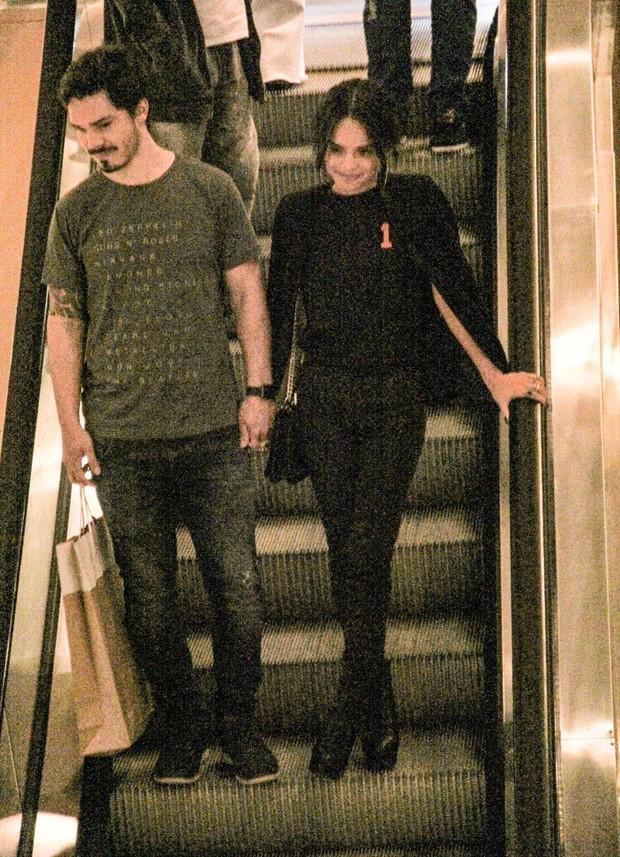 Carol Macedo e o namorado, Rafael Eboli (Foto: J Humberto/AgNews)