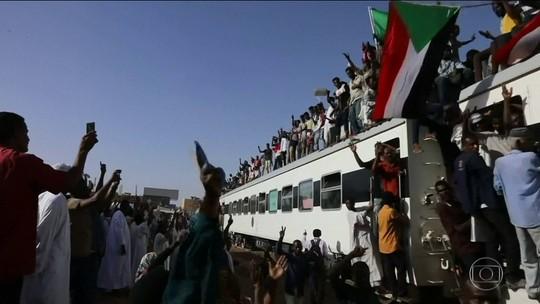 Luta pela democracia no Sudão deve levar um milhão de pessoas às ruas da capital, Cartum