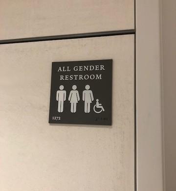 Banheiros para todos os gêneros, em Yale (Foto: ARQUIVO PESSOAL/FERNANDA LOPES DE MACEDO THEES)