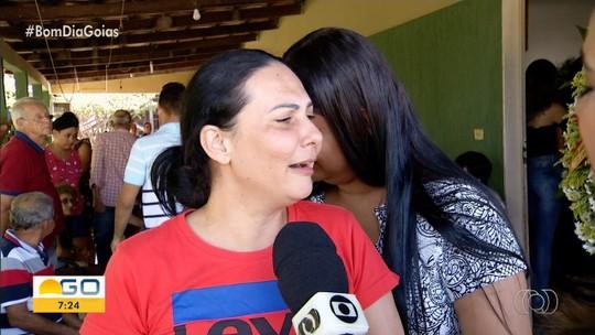 Adolescente é suspeito de matar outro a facadas após esbarrão em festa de escola, em Goiás