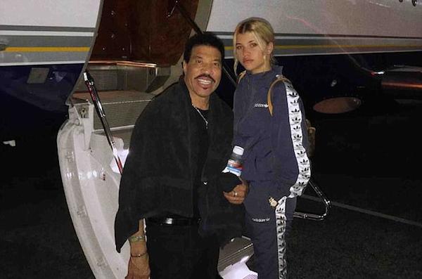 O cantor Lionel Richie com a filha, a modelo Sofia Richie (Foto: Instagram)
